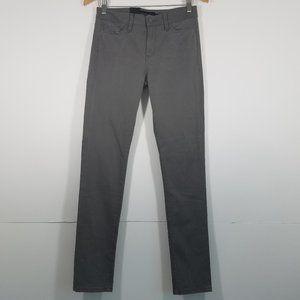 NWT Calvin Klein Jeans Size 4